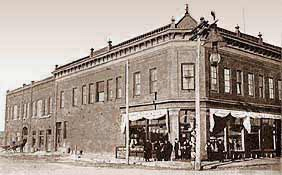 History aitkin minnesota for Butler building house